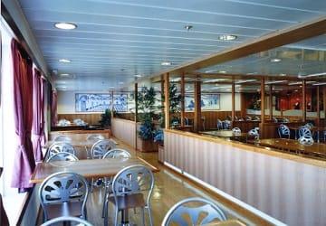 trasmediterranea_murillo_cafe_seating