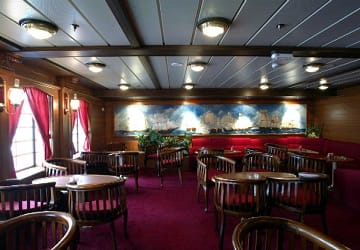 trasmediterranea_murillo_restaurant_seating