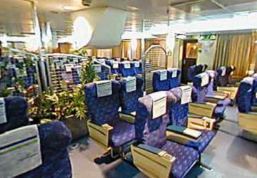 trasmediterranea_santa_cruz_de_tenerife_seating_area_2